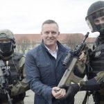 Übergabe der Sturmgewehre durch Minister Kunasek © Bundesheer