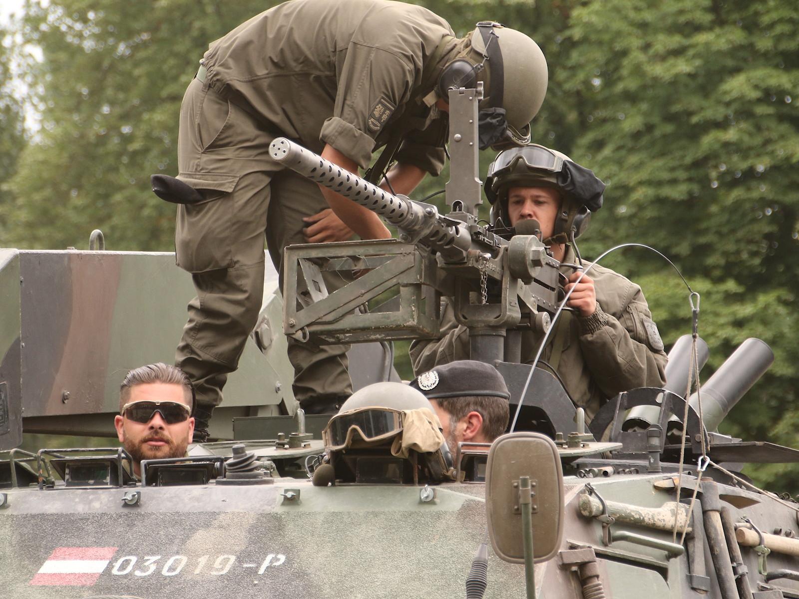 Überschweres Maschinengewehr üsMG M2 Browning mit K-Gerät © Doppeladler.com