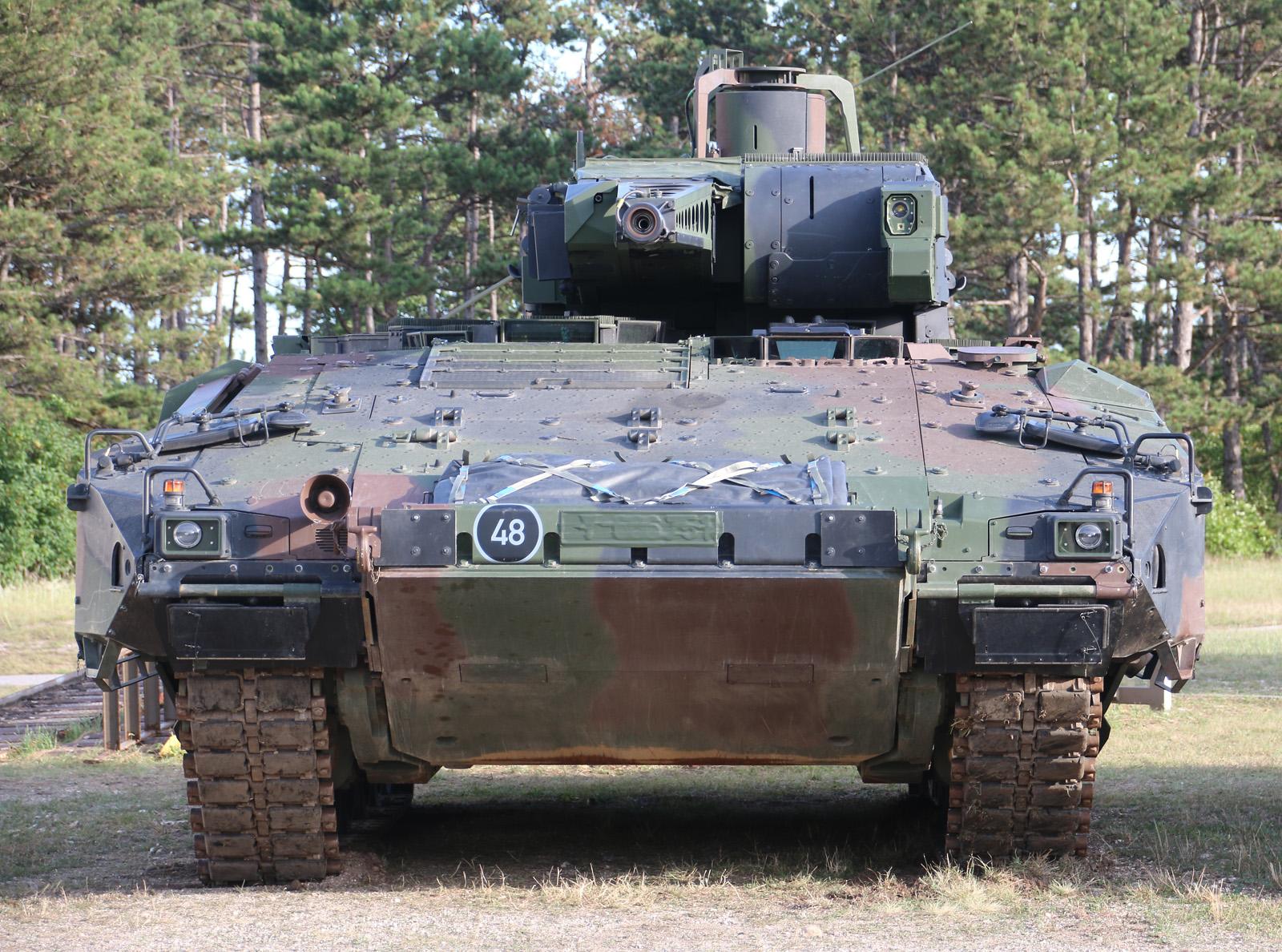 Der Puma ist breiter als ein Leopard 2A4 © Doppeladler.com