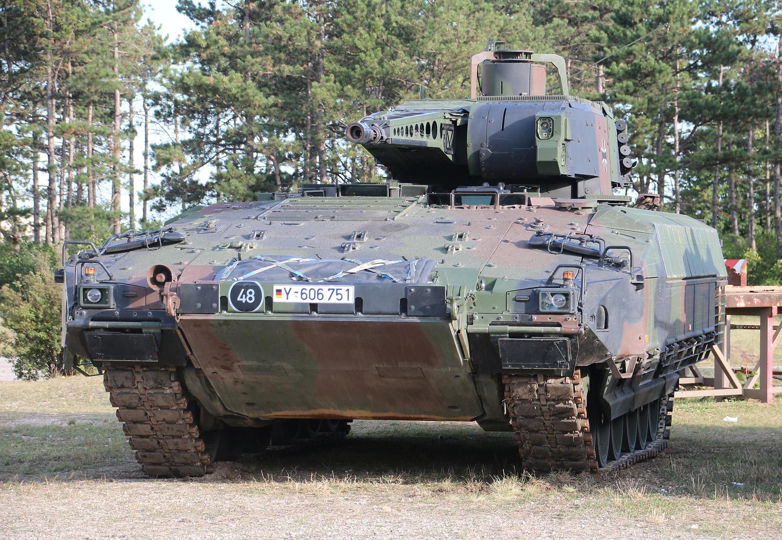Schützenpanzer Puma - seit April beim Panzergrenadierbataillon 122 der Bundeswehr © Doppeladler.com