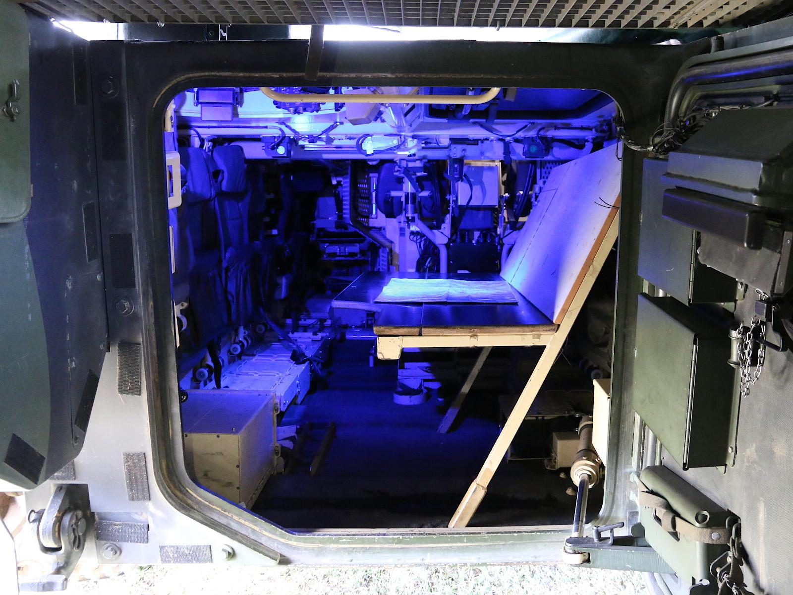 Ulan Befehlsstand ohne Laptops etc. © Doppeladler.com