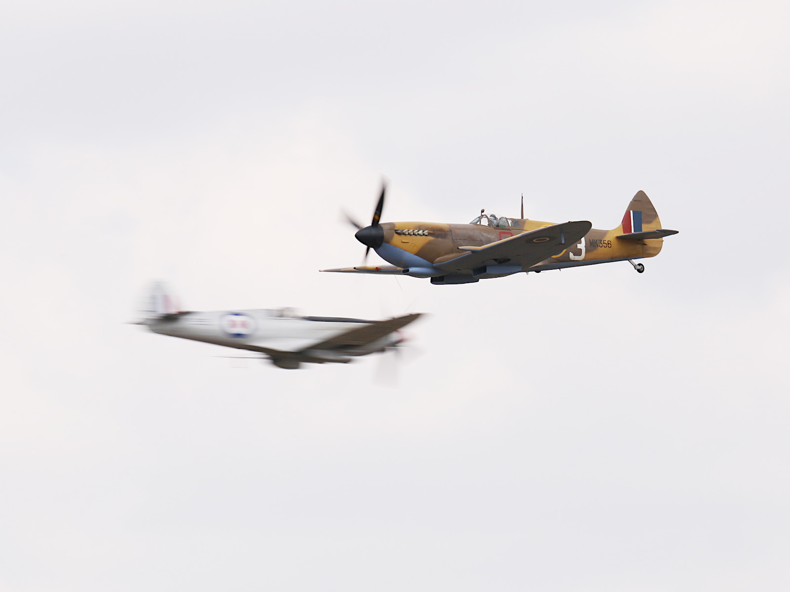 Supermarine Spitfire Crossing © Doppeladler.com