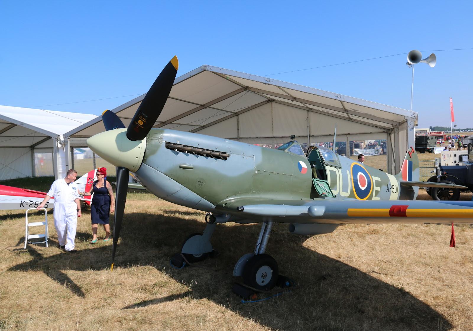 Supermarine Spitfire Mk.V AR501 © Doppeladler.com