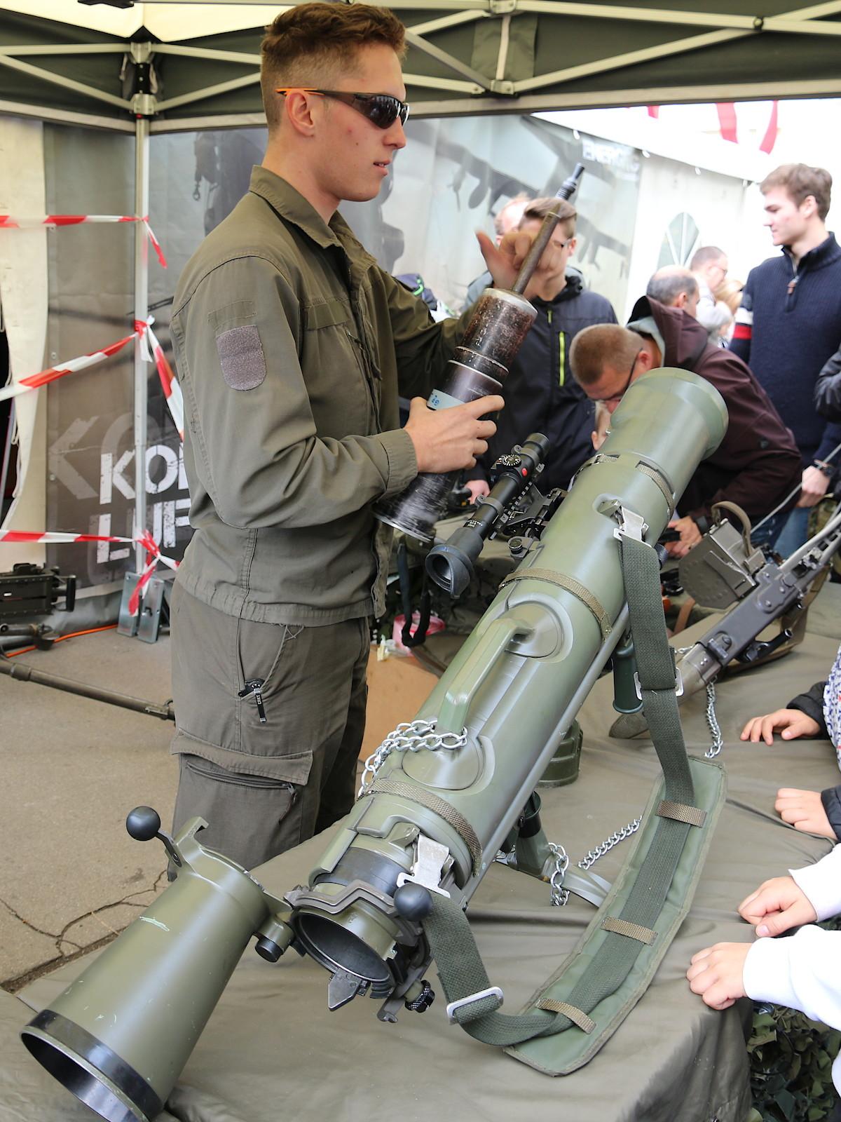 Das 84 mm Carl-Gustav M3 wiegt mit 11 kg um 5 kg weniger als das PAR 66/79 © Doppeladler.com