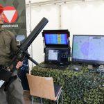 Testsystem zur Drohnenabwehr - das schultergestützte Wirkmittel HP 47 von H.P. Marketing & Consulting stört GPS und Funksignal auf bis zu 1000 m © Doppeladler.com