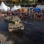 Kampfpanzer Leopard 2A4 beim Panzerballett beim Burgtheater © Bundesheer