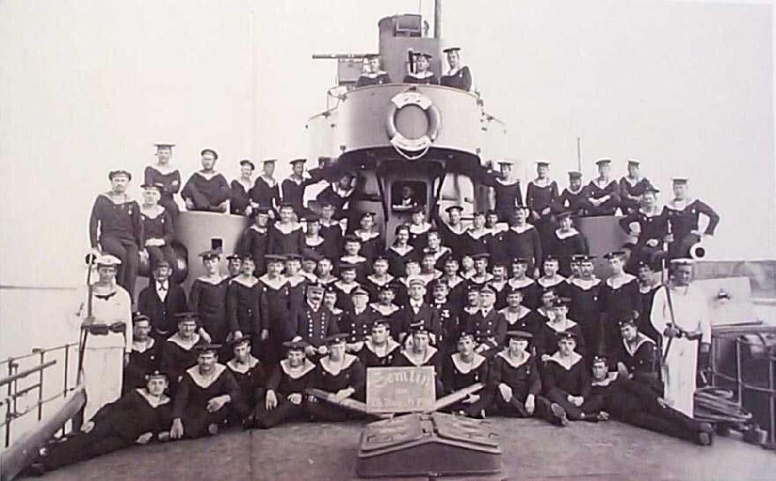 Besatzung der SMS BODROG 1914 © Archiv