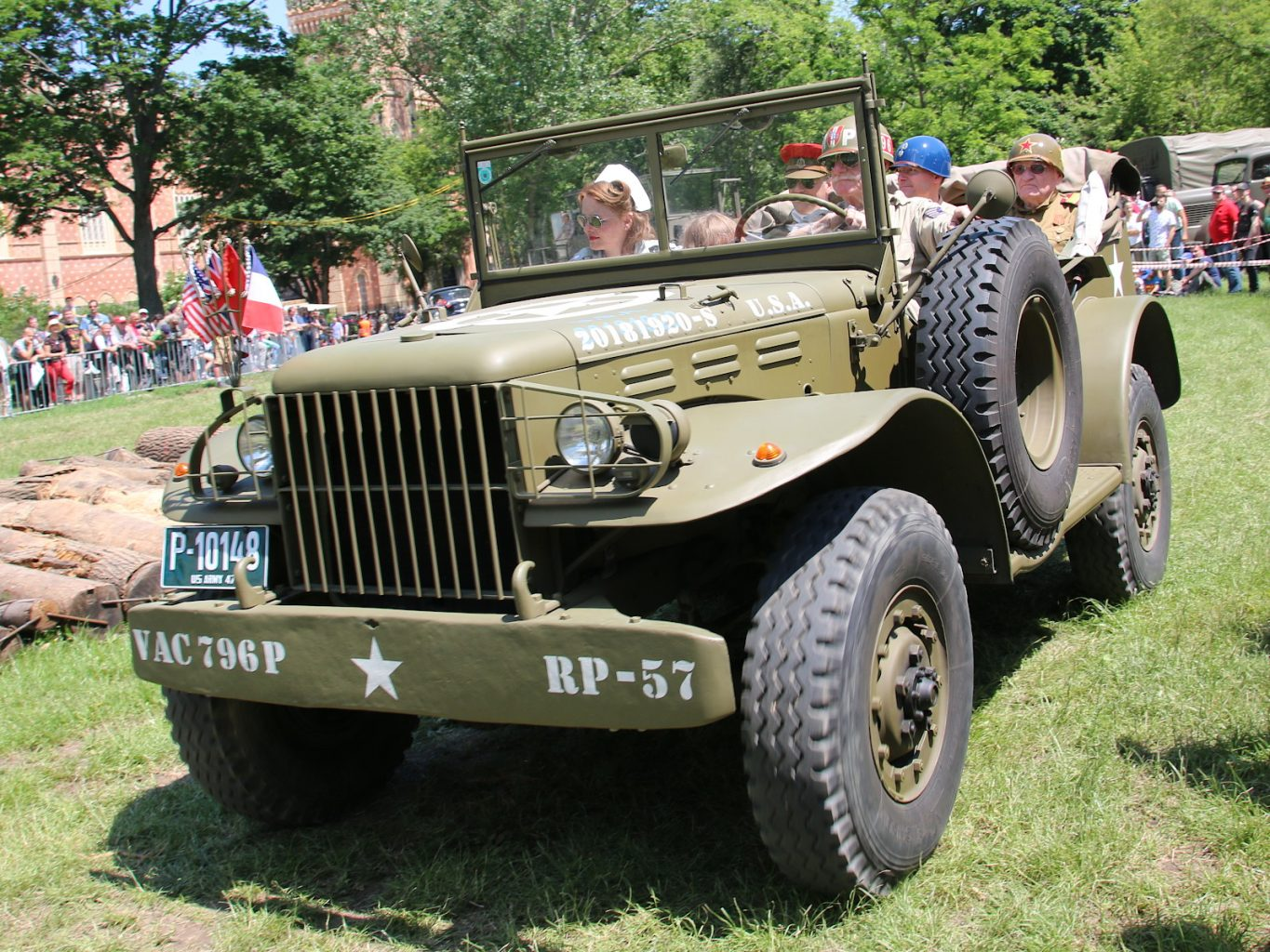 """4 im Jeep"" - Dodge WC 56/57 Command Car © Doppeladler.com"