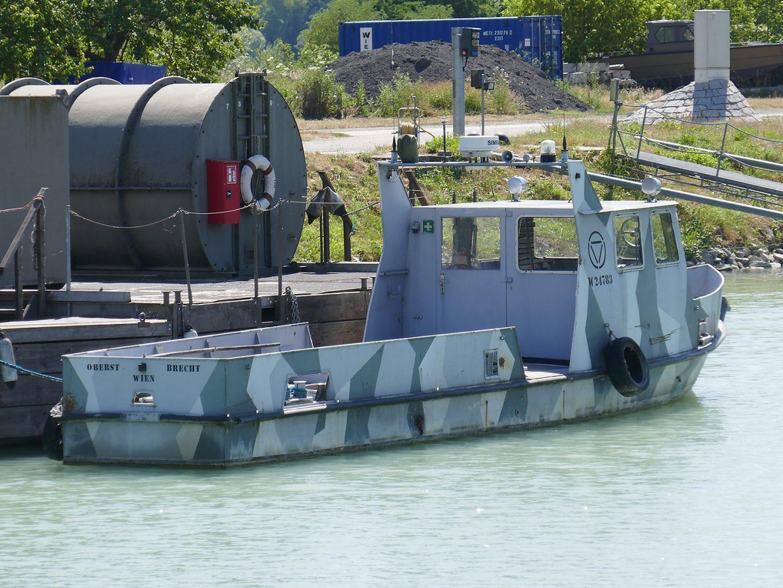 Patrouillenboot Oberst Brecht © Doppeladler.com