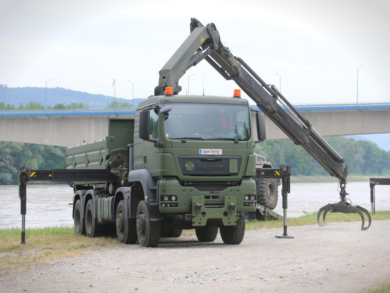 MAN TGS 41.480 8X8 Kipperfahrzeug mit Frontladekran 26 mt - mit Holzgreifer © Doppeladler.com