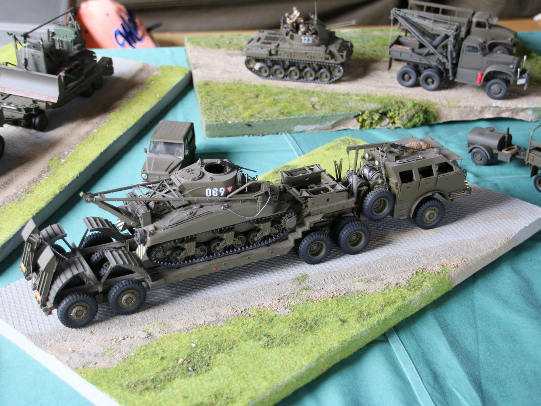 Modelle erzählen Geschichte - in diesem Fall die von einem Pacific M26 Panzertransporter mit Bergepanzer M32 des Bundesheeres © Doppeladler.com