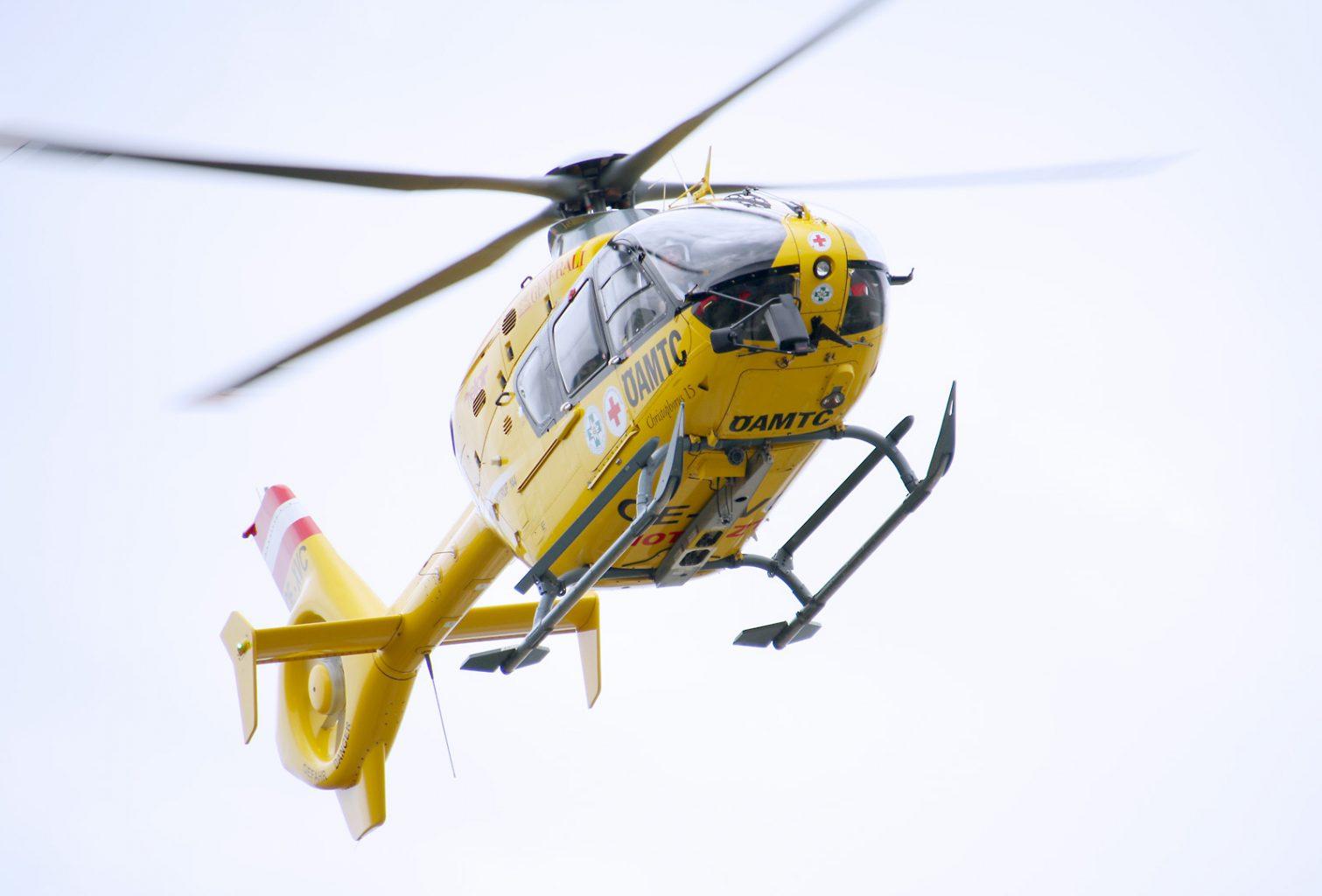 Christophorus 15 des ÖAMTC mit der Kennung 'OE-XEC' ist ein Eurocopter EC-135 T1 © Doppeladler.com
