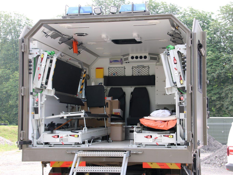 Sanitäts-Wechselaufbau / Patiententransport © Doppeladler.com