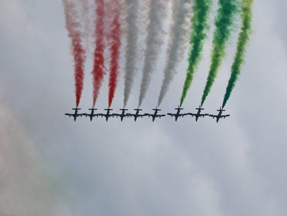 Frecce Tricolori (Aermacchi MB-339 PAN) © Doppeladler.com