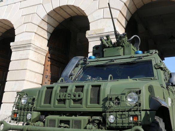 Geschütztes Mehrzweckfahrzeug GMF HUSAR der Militärpolizei © Doppeladler.com