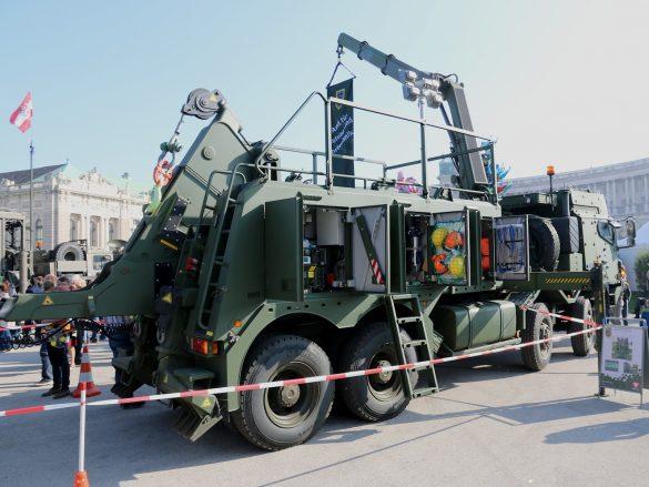 Schweres geschütztes Bergefahrzeug RMMV MAN HX2 41.545 8x8 BB © Doppeladler.com