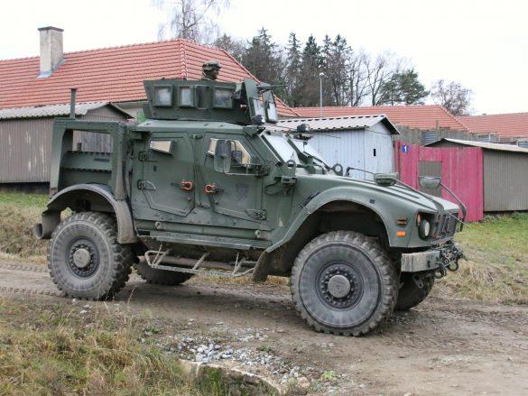 Das Auftauchen der kroatischen M-ATV signalisiert das Eintreffen des Versorgungs-Bataillons © Doppeladler.com
