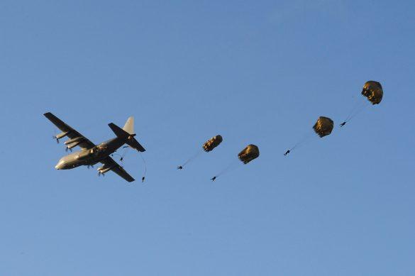 Absprung von Jägerbataillon 25 und dem deutschen Fallschirmjägerregiment 26 © Bundesheer