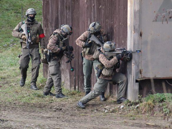 Die Rotländer leisten erbitterten Widerstand © Doppeladler.com