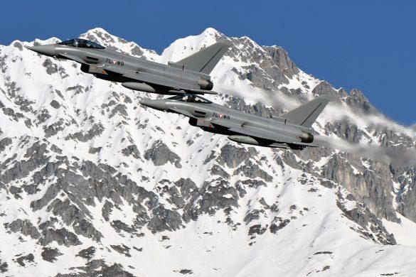 Zum Start von DÄDALUS 2020 gab es ein Fotoshooting mit zwei Eurofighter Typhoon © Bundesheer