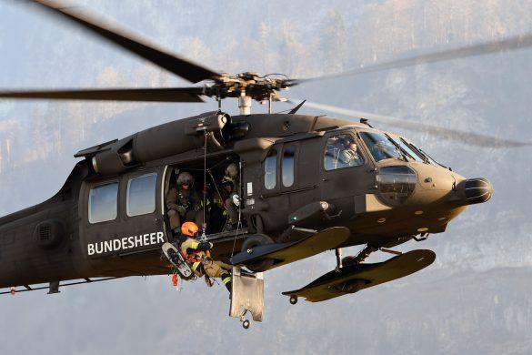 S-70 BLACK HAWK beim Trainingseinsatz der ERTA-Einheit für Flugunfälle © Bundesheer