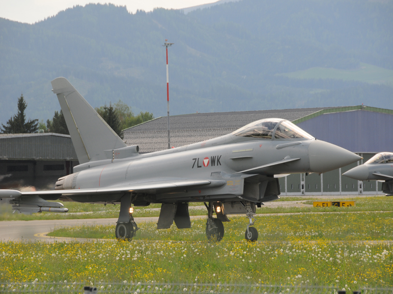 Eurofighter Typhoon 7L-WK © Strobl