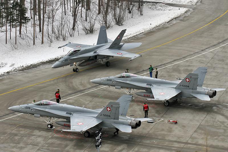 Militärflugplatz Meiringen, das Hornissen-Nest © Michael Marx, www.aircraftpix.de