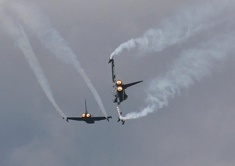 FK2 - Zwei Eurofighter der österreichischen Luftwaffe in voller Aktion © Franz Knuchel