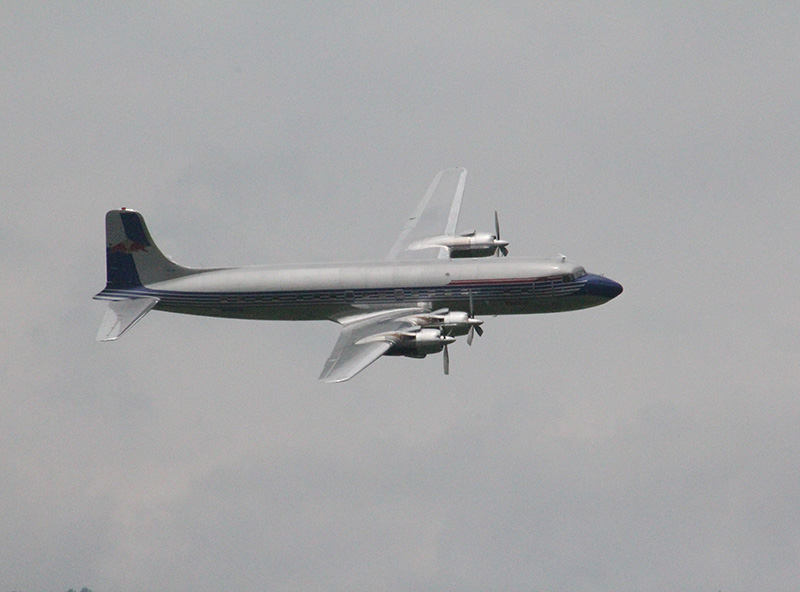 FS2 - Douglas DC6 B Flying Bulls © CuF