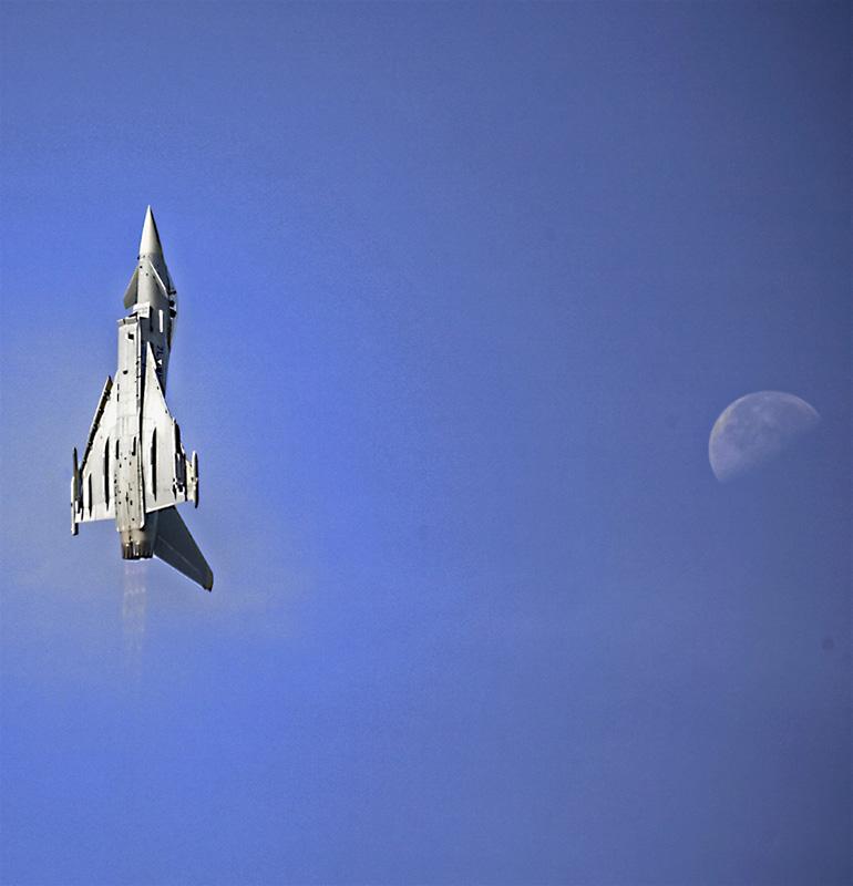 LV1 - Eurofighter Typhoon © Leo Vacek