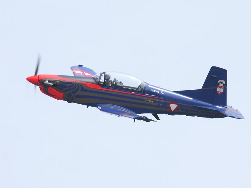 Pilatus PC-7 Turbo Trainer im neuen Sonderanstrich