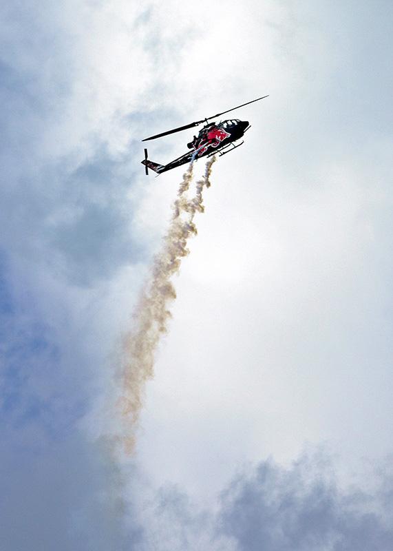 RL1 - Helikopter-Display der Flying Bulls: Bell Cobra TAH-1H © Rudolf F. Lengauer