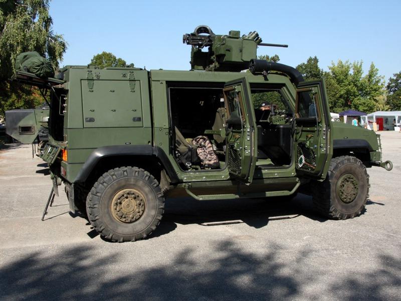 Aufklärungsfahrzeug Iveco LMV