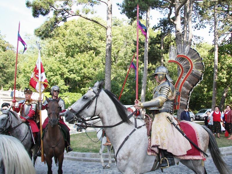 Die legendären Hussaria. Ihr Federschmuck ist heute noch Element in polnischen Verbandsabzeichen © Doppeladler.com