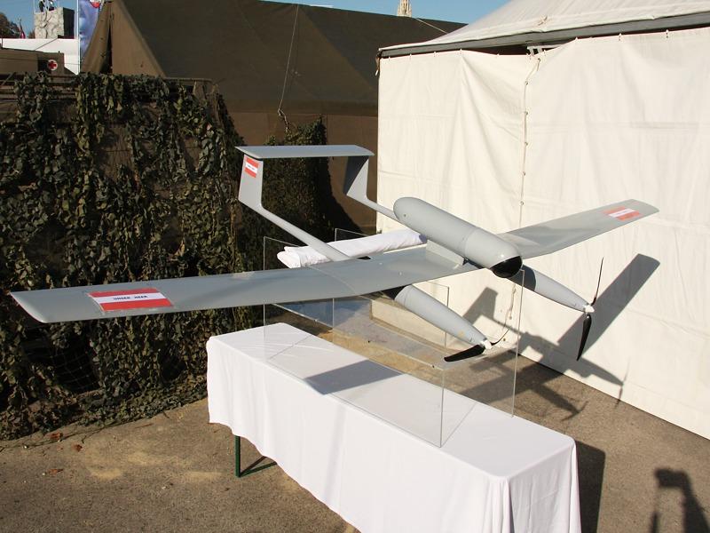 Die erste Drohne des Bundesheeres wird die Tracker von Cassidian / SurveyCopter. 6 Systeme zu je 3 Drohnen werden beschafft © Doppeladler.com