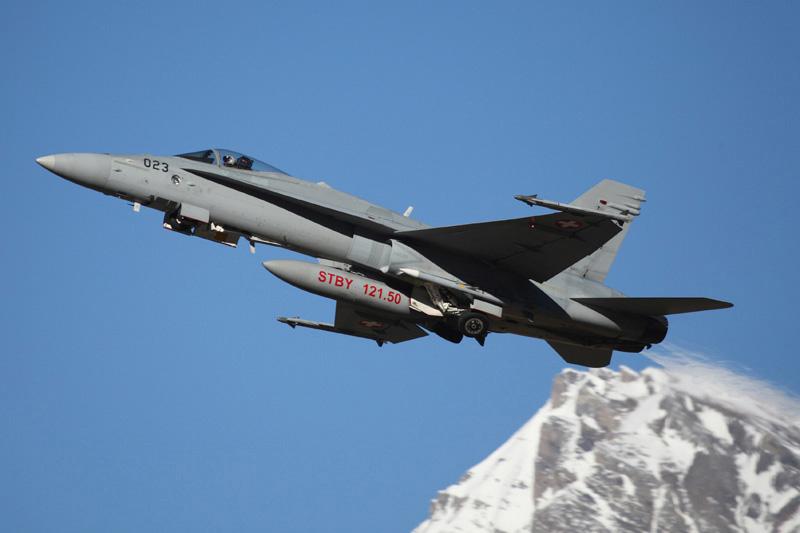 Die Hauptlast der Luftraumsicherungseinsätze trugen die Schweizer McDonnell Douglas F/A-18C Hornet © Simba