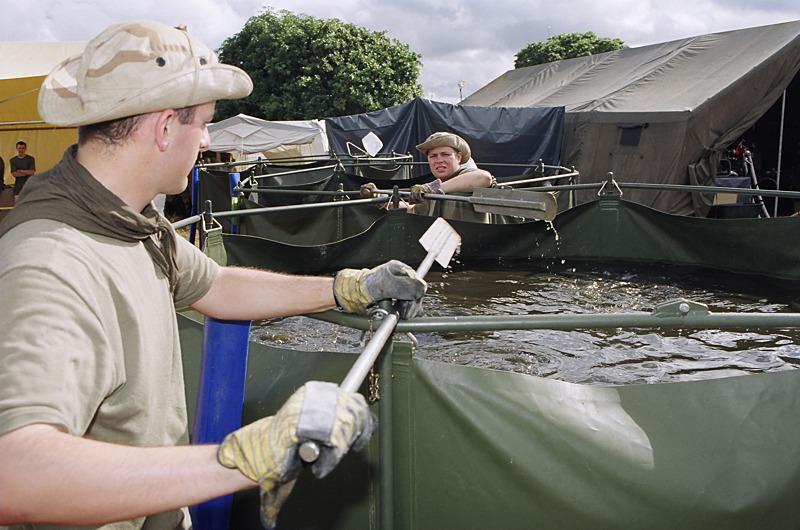Trinkwasseraufbereitungsanlage ATHUM/MOC (Mosambik) im Jahr 2000 © Bundesheer