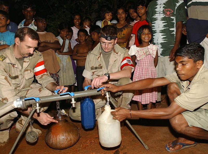 Trinkwasseraufbereitung auf Sri Lanka im Jahr 2005 © Bundesheer
