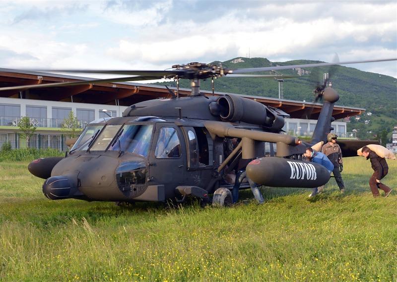 Black Hawk bei Versorgungsflügen im Raum Zenica © EUFOR Althea