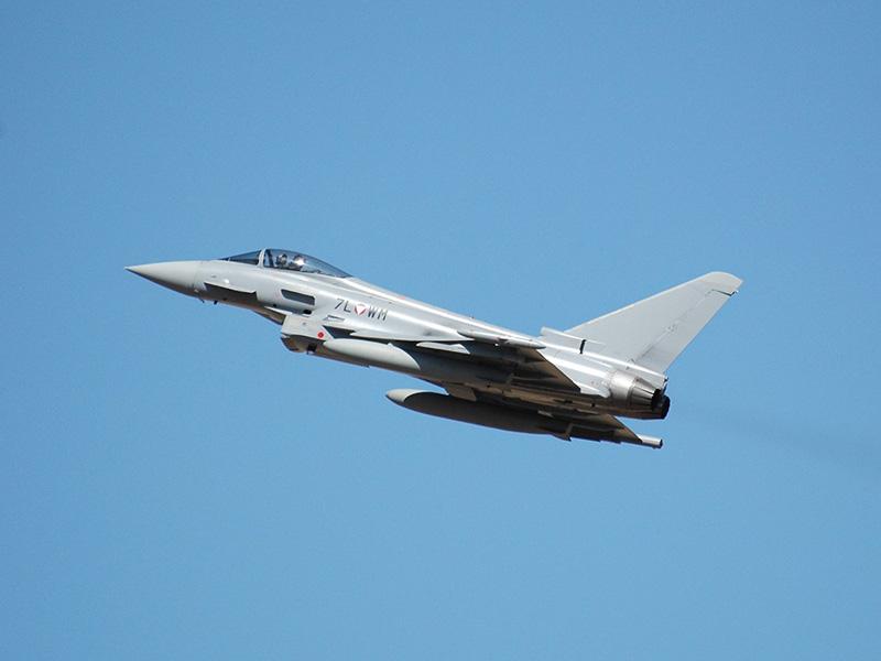 Eurofighter Typhoon 7L-WM nach dem Start © Bundesheer