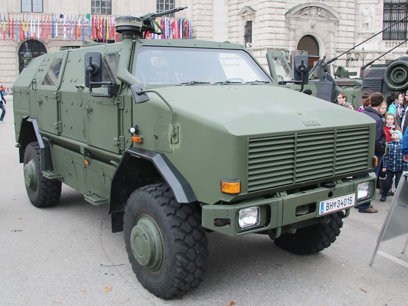 Allschutztransportfahrzeug ATF Dingo 2