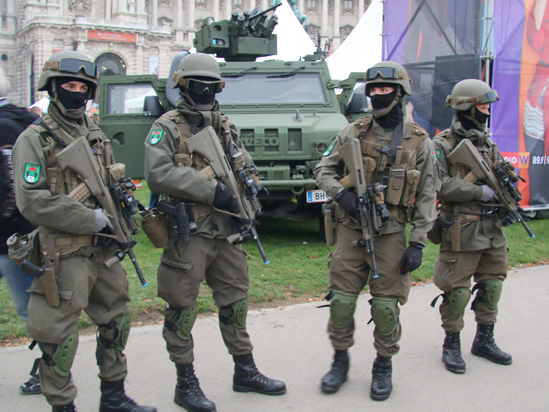 Soldaten des Jägerbataillons 25