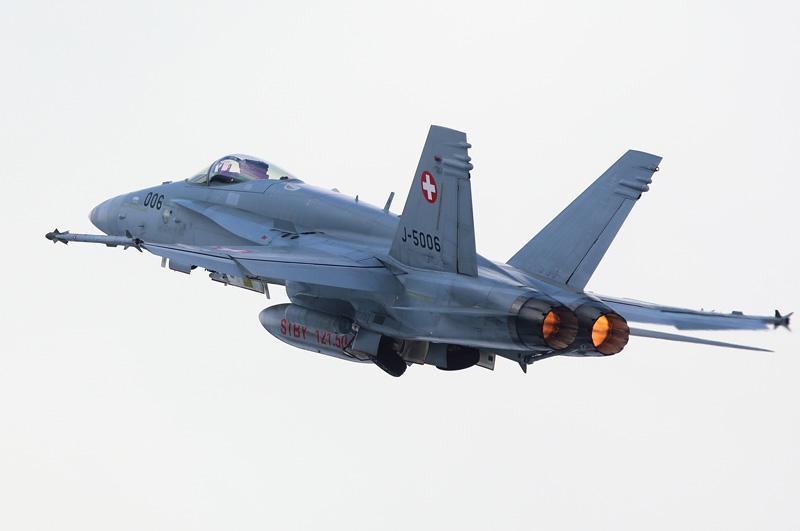 McDonnell Douglas F/A-18C Hornet J-5006 © foto-metkemeier.net