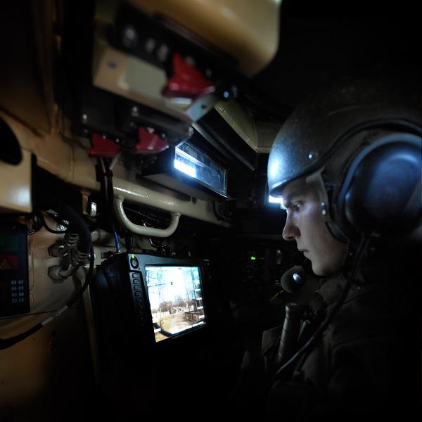 Der Schütze bedient die Waffenstation unter Panzerschutz © Bundesheer