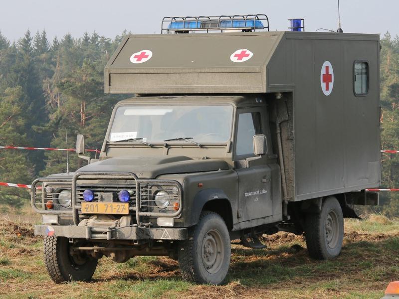 Tschechischer Landrover Defender © Doppeladler.com