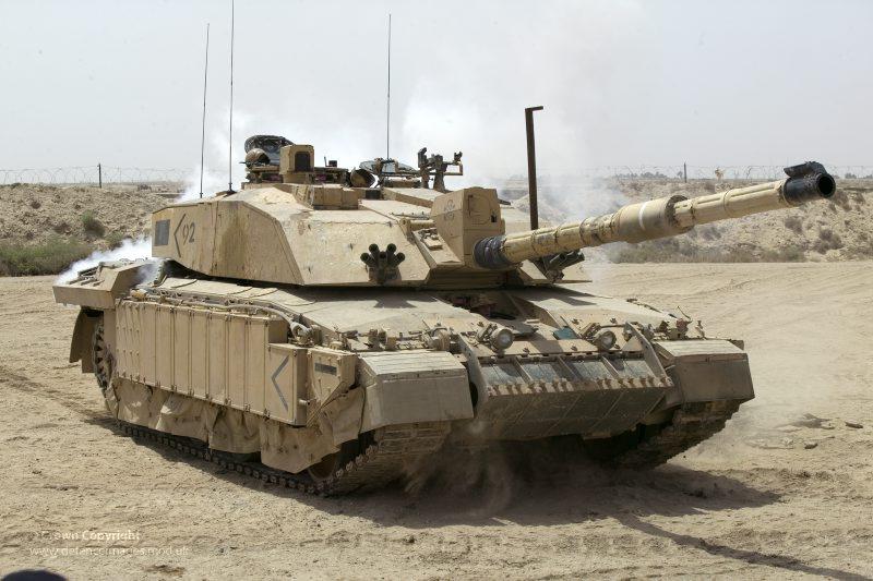 Kampfpanzer Challenger 2 während der Operation Telic 4 © Britisches MoD