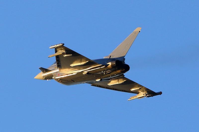 Eurofighter Typhoon 7L-WE © Werner P