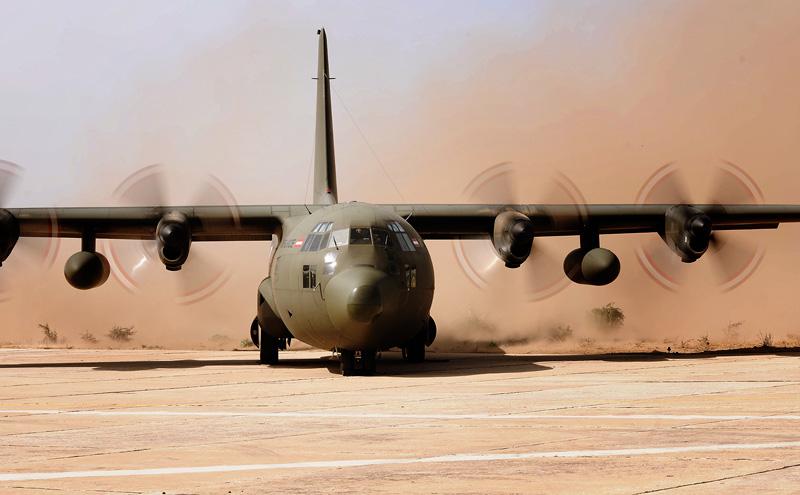 Etwas Staub macht den C-130 Treibwerken nichts aus © Bundesheer