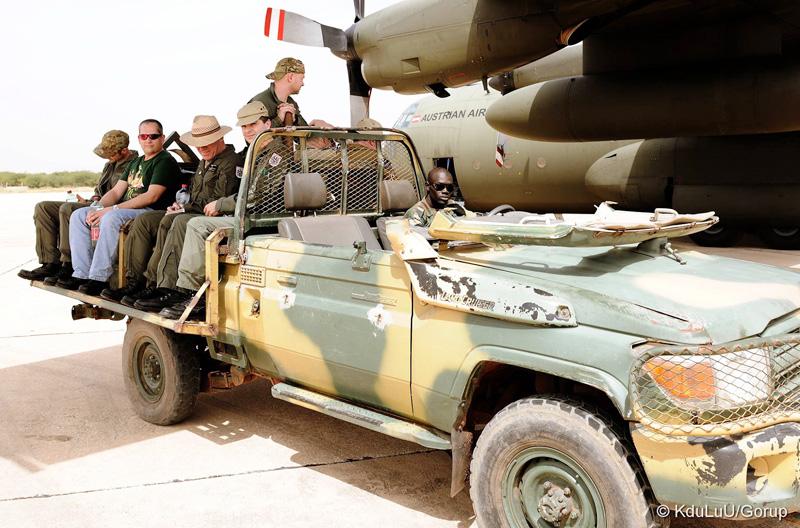 Die Antwort auf die meisten Logistikfragen in Afrika heißt Toyota © Bundesheer