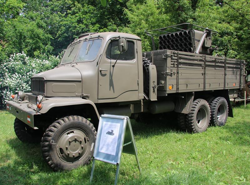 Auch das gab es beim Heer: PRAGA V3S 6x6 mit Mehrfachraketenwerfer © Doppeladler.com